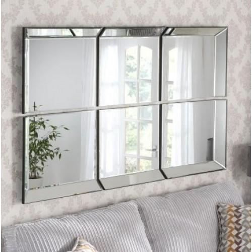 Зеркальное панно над диваном